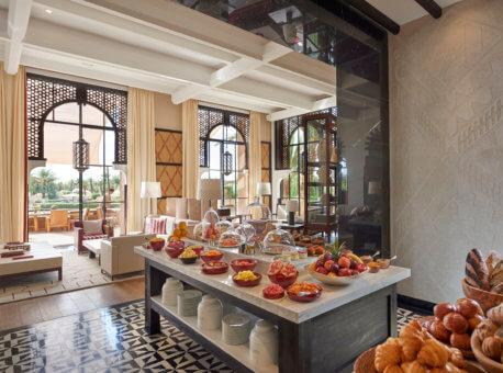 21. Buffet breakfast