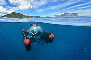 Esprit_with_Submarine-2