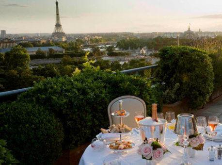 Le_Meurice_-_diner_romantique_Guillaume_de_Laubier_bu