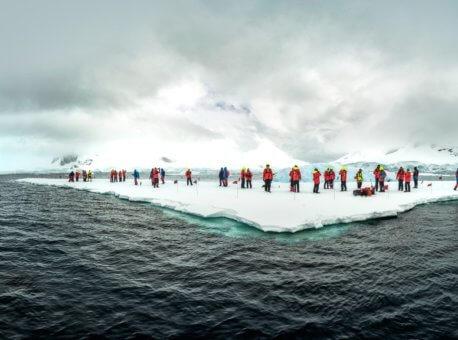 Pa-tur-i-isen-Paradise-Bay-Antarktis-HGR-137580_1024- Foto_Karsten_Bidstrup