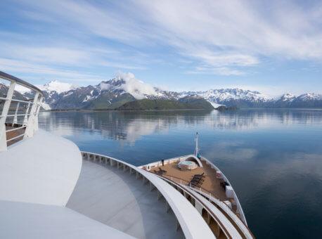SBN_ABC_RSAY17_Seabourn Sojourn bow in Aialik Bay_Alaska_2