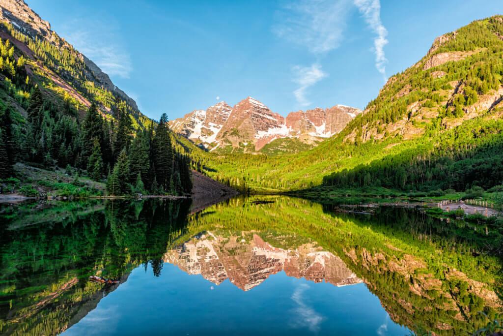 Mini Breaks: Maroon Bells Lake in Aspen Colorado