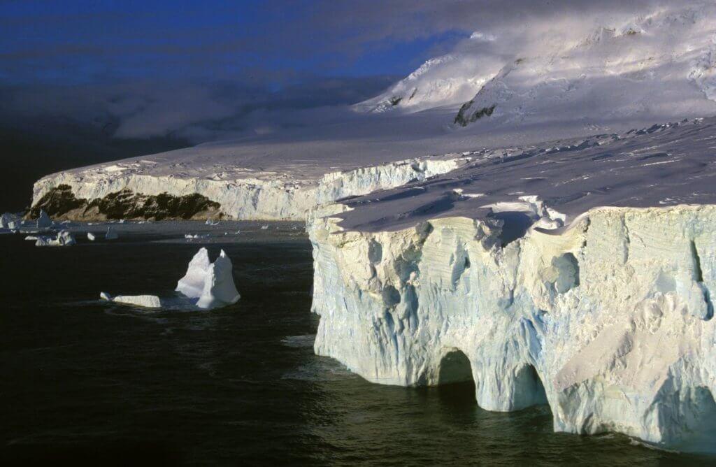 Expedition Cruising: Peter Island