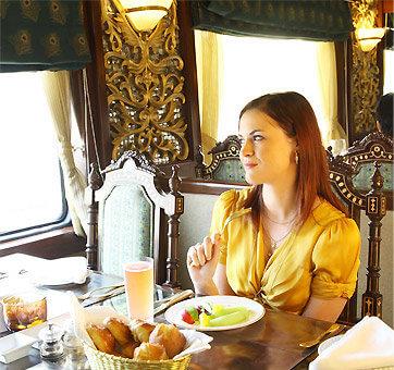 Maharajas Express dining