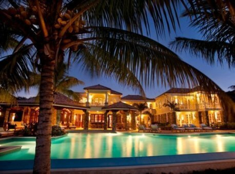 Luxury-villas-and-luxury-vacations-458x340