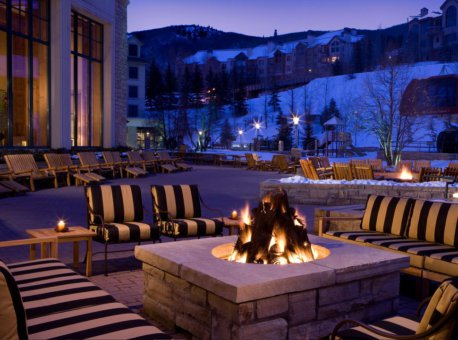 Park-Hyatt-Beaver-Creek-P072-Fireplace-Sharp.adapt.16x9.1280.720